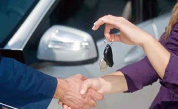 Beli Mobil Bekas Kredit Atau Tunai Untung Mana