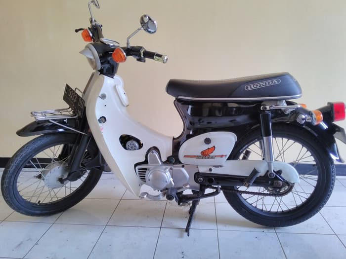 Cara Mudah Merawat Sepeda Motor Tua Honda C70