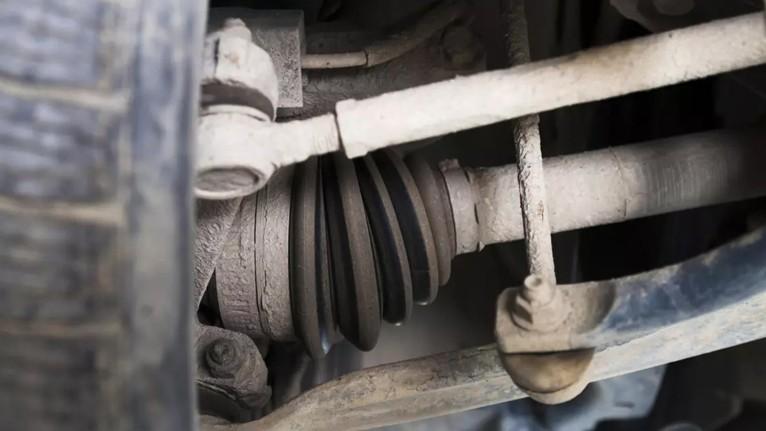 Penyebab suara kabin mobil berisik