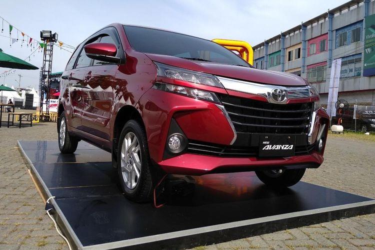 Estimasi Biaya Pajak Mobil Avanza Toyota Terbaru